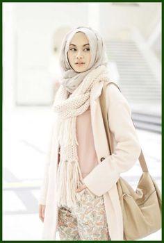 Tampil-feminin-dan-elegan-dengan-Warna-pastel2