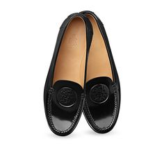 Maxime Hermes ladies' moccasin in shiny calfskin, Ex Libris detail on hand-sewn upper and leather sole