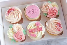 Mothers Day Desserts, Mothers Day Cupcakes, Mothers Day Crafts For Kids, Fondant Cupcakes, Cupcake Cakes, Cupcakes Lindos, Mothers Day Cakes Designs, Mother's Day Cookies, Dessert Boxes