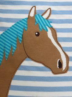 Wie die Zeit vergeht. Kaum zu glauben, aber mein letzter Post   war vom April !!!   Jetzt aber mal ab an die Maschinen . . . .   Ein Pferd...