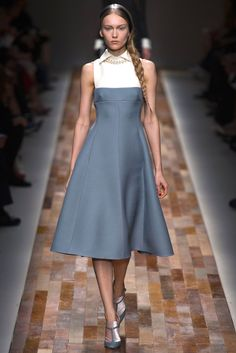 This is such a beautiful, classy dress! By Valentino