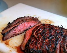 Flank Steak Marinade: Ingredients per Steak:  1/3 cup cooking sherry 1/3 cup soy sauce 1/3 cup sesame oil 2 cloves garlic, minced 1 tablepoon honey 1 tablespoon black pepper - See more at: http://www.thesavory.com/food/no-fail-flank-steak-marinade.html#sthash.RArdq1T0.dpuf