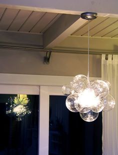 DIY Bubble Ball Chandelier ~ Swing-n-Cocoa - DIY Show Off ™ - DIY Decorating and Home Improvement Blog