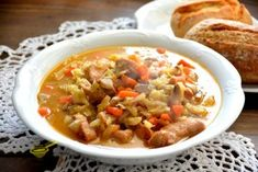 Zabudnite na obyčajné buchty! Recept na fantastické pečené buchty s tou najlepšou chuťou JE TU! - chillin.sk Chili, Salsa, Soup, Ethnic Recipes, Chile, Salsa Music, Soups, Chilis