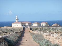 Faro de Punta Nati. Menorca, España #menorca #menorcamediterranea