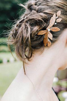 Peignes mariage par CreationsBoiseesfr sur Etsy Bobby Pins, Creations, Hair Accessories, Beauty, Etsy, Wood Slats, Hairpin, Hair Accessory, Hair Pins