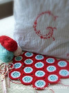 aqua red love, I am totally in love with these colors right now.