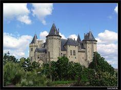 Chateau de Saumur by Santi RF, via Flickr