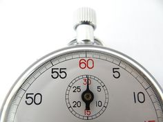 Here's how to create the best 30 second elevator pitch step by step. And why you need one!