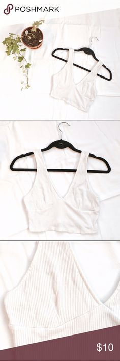 8a448493 FOREVER 21 Stretchy White Crop Top | Extra Small Beautiful white crop top  from Forever 21