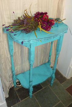 Demilune Vintage Primitive Turquoise Painted