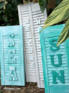How to make word art with a shutter. Shutters are popular pieces of artwork for the house. They are versatile and blend well with most styles. Old Shutters Decor, Small Shutters, Shutter Decor, Rustic Shutters, Window Shutters, Repurposed Shutters, Farmhouse Shutters, Bedroom Shutters, Window Shutter Crafts