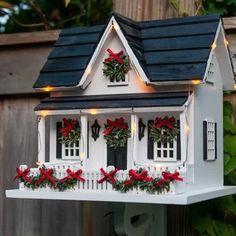 Bird Houses - Happy Christmas - Noel 2020 ideas-Happy New Year-Christmas Outdoor Christmas, Christmas Home, Wren House, Bird Houses Painted, Putz Houses, Doll Houses, Glitter Houses, Theme Noel, Paper Houses