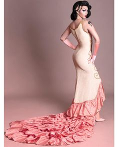 Violet Chachki: l use glamour as a tool, almost like armor to confidently take up space, to provoke questions and conversations about… Mtf Transformation, Rupaul Drag Queen, Violet Chachki, Save The Queen, Good Looking Men, Beautiful Boys, How To Look Better, Fashion Dresses, Glamour