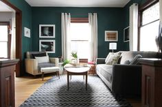 Teal living room design ideas – trendy interiors in a bold color Dark Teal Living Room, My Living Room, Home And Living, Living Room Furniture, Living Room Decor, Living Spaces, Bedroom Decor, Dining Room, Wall Decor