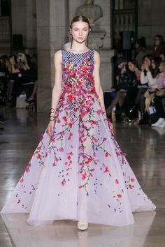 Georges Hobeika | Haute Couture Spring-Summer 2017 | Look 34