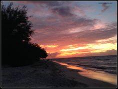Gili Trawangan sunset  #thegilibeachresort www.thegilibeachresort.com