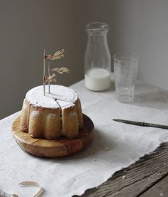Lovely cake for your lovely afternoon. :)