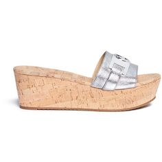 Michael Kors 'Warren' logo plaque cork wedge slide sandals (1,325 HKD) ❤ liked on Polyvore featuring shoes, sandals, metallic, slide sandals, michael kors footwear, metallic shoes, logo slide sandals and michael kors shoes