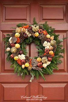 Christmas Wreath Colonial Williamsburg