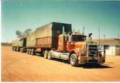 Early Blinco (one of several) Train Truck, Road Train, Kenworth Trucks, Peterbilt, Cool Trucks, Big Trucks, Truck Transport, Trains, Classic Trucks