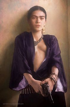 Frida Kahlo (1907 – 1954), Mexican painter http://painters-in-color.tumblr.com/