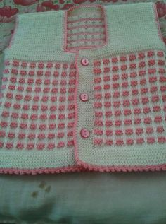 2 Renkli Kesme Şeker Örneğinde Bebek Yeleği Yapımı. 4 .5 yaş.