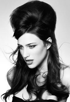 How to do a half up bouffant hair style