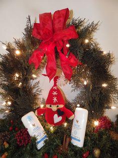 karácsony Foreverrel Forever Aloe, Christmas Wreaths, Christmas Ornaments, Aloe Vera, Holiday Decor, Home Decor, Decoration Home, Room Decor, Christmas Jewelry