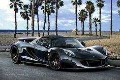 Hennessy Venom GT. Buggatti killer.  ; D