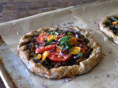 Rustic Tomato Tart Tart Dough, Thing 1, Savory Tart, Vegetarian Entrees, Fresh Basil, Caramelized Onions, Vegetable Pizza, A Food, Food Processor Recipes