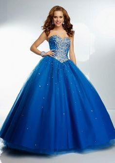 Gorgeous Ball Gown Sweetheart Corset Back Royal Blue Tulle Beaded Prom Dress Pretty Quinceanera Dresses, Prom Dresses 2017, Beautiful Prom Dresses, Pretty Dresses, Formal Dresses, Blue Ball Gowns, Ball Gowns Prom, Ball Dresses, Bridal Dresses Online