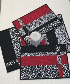 Quilted placemat patterns, Modern placemats, Placemats patterns, Table runner and placemats, White p White Placemats, Table Runner And Placemats, Placemat Sets, Quilted Table Runners, Quilt Placemats, Modern Table Runners, Patchwork Table Runner, Modern Placemats, Toddler Busy Bags