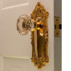 Glass Door Knobs, Sliding Glass Door, Crystal Door Knobs, Gold Door, Gold Aesthetic, My New Room, Dream Bedroom, Messing, Polished Brass