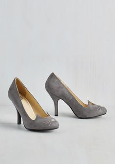 Mew and Me Forever Heel in Slate. Fetching, fierce, and infinitely adorable - thats how you describe these cute cat pumps from T.U.K.! #grey #modcloth