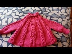 Poncho abrigo con mangas tejido a dos agujas para niña talla 6 - sexta parte - YouTube Poncho Knitting Patterns, Knitted Poncho, Baby Knitting, Knit Or Crochet, Crochet Baby, Knitting Videos, Kids And Parenting, Baby Dress, Pullover