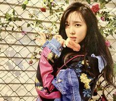 Nayeon -  TWICE [Cécci] #kpop #twice #Nayeon #Cécci Nayeon Twice, Twice Kpop, Im Nayeon, Dahyun, North Face Backpack, My Girl, Bae, Dancing Girls