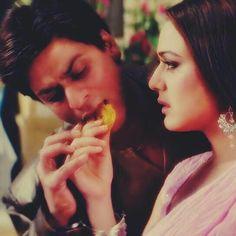Shah Rukh Khan and Preity Zinta - Veer-Zaara (2014)