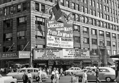 Relive the 1950s Golden Age of Cinema in NYC (PHOTOS) #bigappled #nyc #newyork Vic Damone, Virginia Mayo, Joey Bishop, Paramount Theater, Theater Tickets, New York Life, South Seas, Yesterday And Today