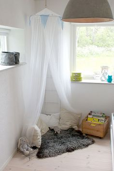 Reading nook for story time or classroom reading area.  :)