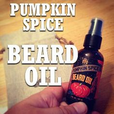 Beard Oil Recipe - Homemade Beard Oil with an informative breakdown of essential oils Homemade Beard Oil, Diy Beard Oil, Best Beard Oil, Beard Oil And Balm, Beard Balm, Beard Tips, Beard Ideas, Red Beard, Beard Grooming