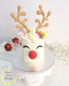 This is a definite must this year for Christmas! Dies ist ein absolutes Muss in diesem Jahr fü Christmas Deserts, Christmas Cake Decorations, Christmas Cupcakes, Holiday Cakes, Christmas Goodies, Holiday Treats, Christmas Birthday Cake, Reindeer Christmas, Bolo Original