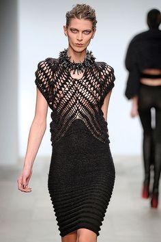 Mark Fast | knitwear | knit | high fashion | runway | catwalk