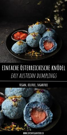 Vegan Easy Austrian Dumplings These vegan sweet dumplings are a traditional austrian dish which you Vegan Sweets, Vegan Desserts, Vegan Breakfast Recipes, Vegan Recipes, Vegan Easy, Sweet Dumplings, Flax Seed Recipes, Cafe Food, International Recipes