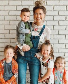 family photos can be fun and cherished for a lifetime Cute Family, Family Goals, Big Family, Cute Kids, Cute Babies, Look Fashion, Kids Fashion, Quoi Porter, Junior