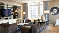 LONDON HOTEL--NYC Relaxation awaits you in our plush and spacious Sky suites.