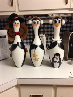 Bowling pin penguins
