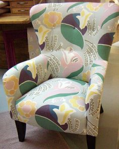 Laura Ashley  PICT5921.JPG 400×501 pixels Fabric based on the Bloomsbury Group