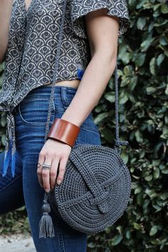Crochet Handbags, Crochet Purses, Crochet Bags, Knitted Bags, Knitting Kits, Loom Knitting, Free Knitting, Knitting Tutorials, Knitting Machine