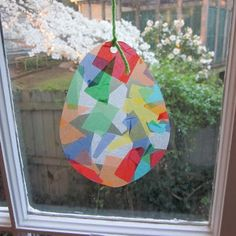 The Green Bird of Happiness: Kids Craft How-To: Easy Easter Egg Sun Catchers